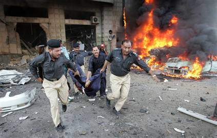 051114_pakistan_blast_hmed9phmedium